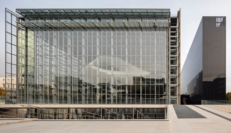 azure-new-rome-eur-convention-hall-12