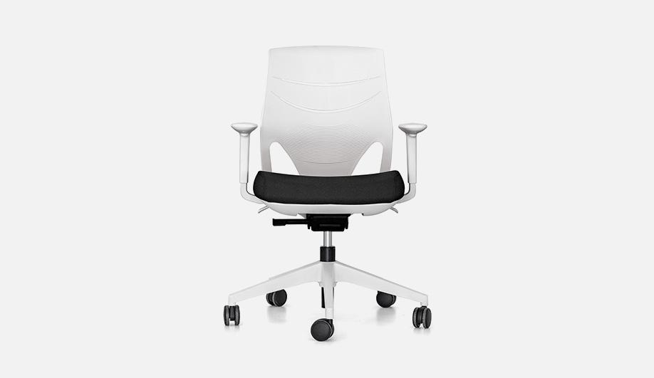 Efit Chair
