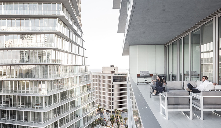 best-residential-projects-2016-azure-10