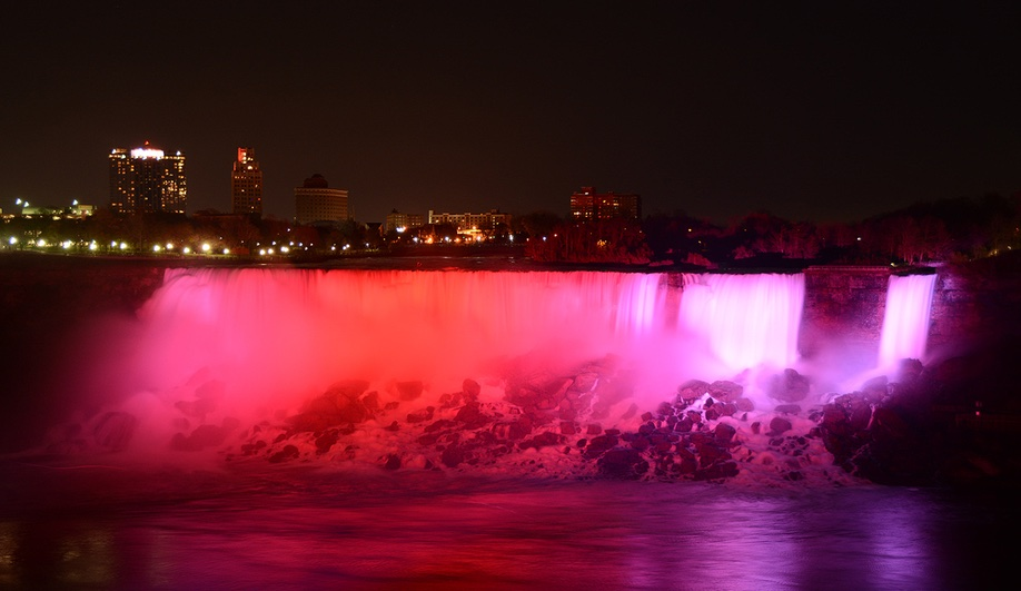 Niagara Falls' Light Show Gets a High-Tech Makeover