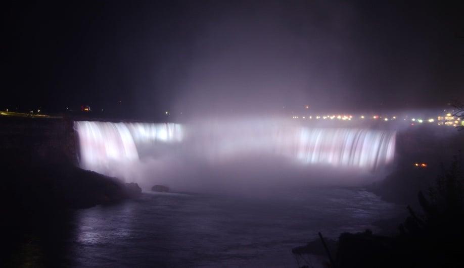 niagara-falls-lighting-revitalization-4-azure