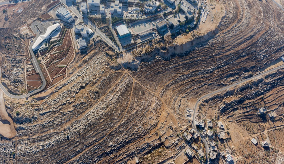 palestinian-museum-10-azure