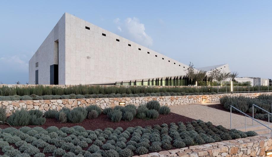 palestinian-museum-4-azure