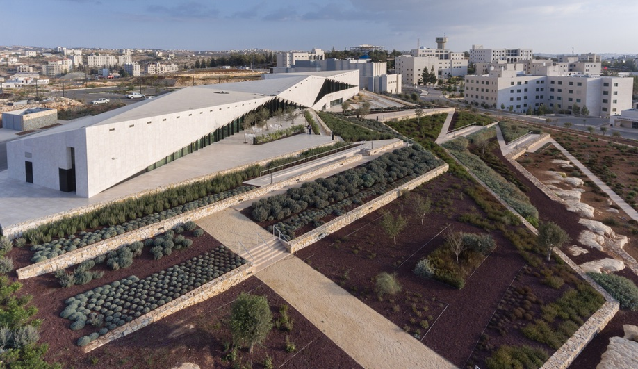 Palestinian Museum Echoes the Landscape and Speaks to the Past