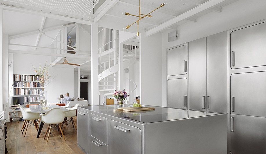 An All-Stainless Steel Kitchen Shines in a Paris Loft
