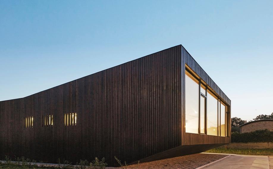 pavilion-of-transhumance-cimini-architettura-2-azure