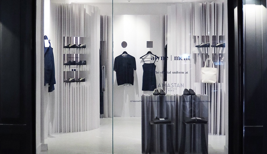 This Paris Pop-Up Clothing Store Is Built Entirely of Paper