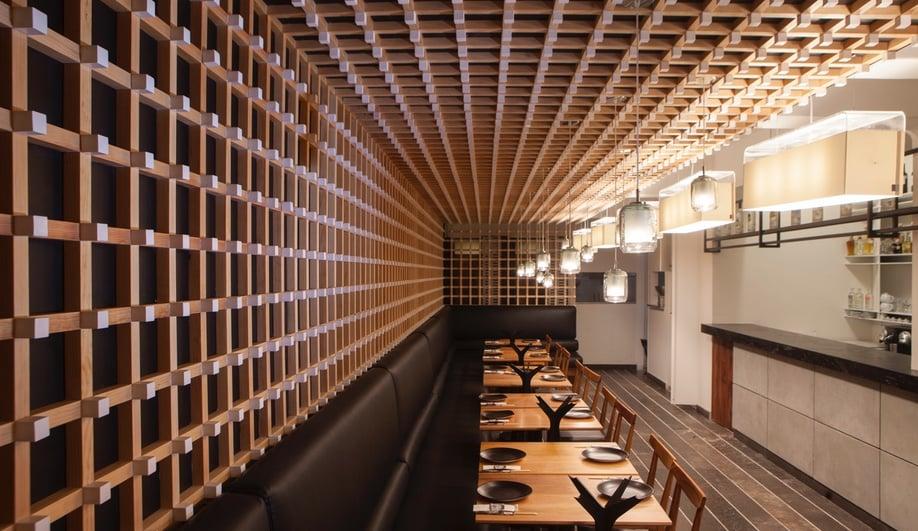 Wood interiors: El Japonez