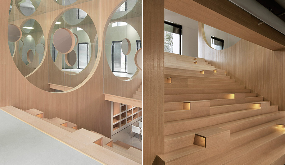 Wood interiors: Hongkun Museum of Fine Arts