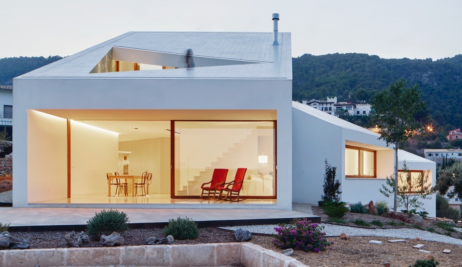 3 Small-Scale Passive Houses That Offer Huge Returns