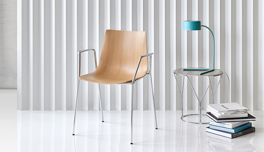 Trua Chair by Keilhauer
