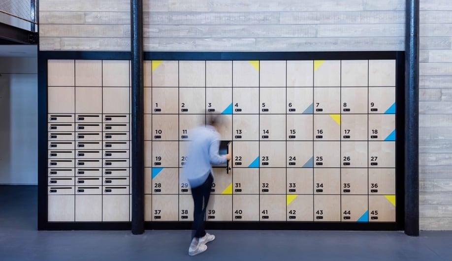 beautiful-coworking-spaces-deskopolitan-moreysmith-1-azure