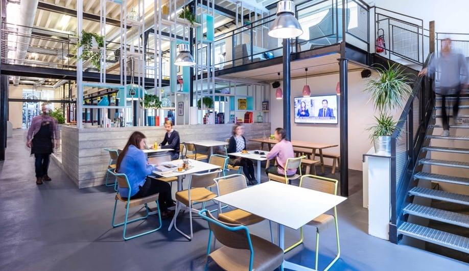 beautiful-coworking-spaces-deskopolitan-moreysmith-7-azure