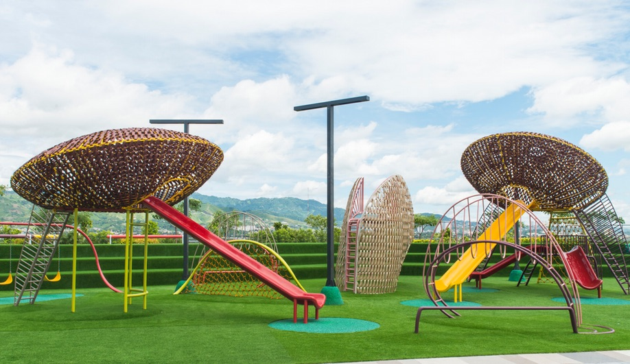 A rooftop playground in the Philippines