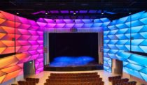 Diamond Schmitt Architects Uses Innovative LED Light System to Transform Toronto Theatre