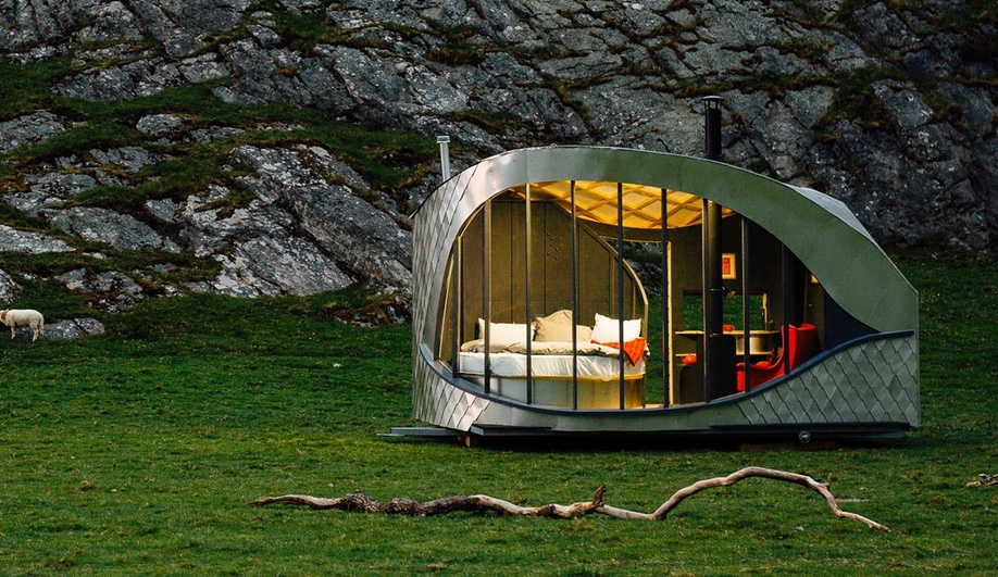 pop-up-hotel-wales-azure-1