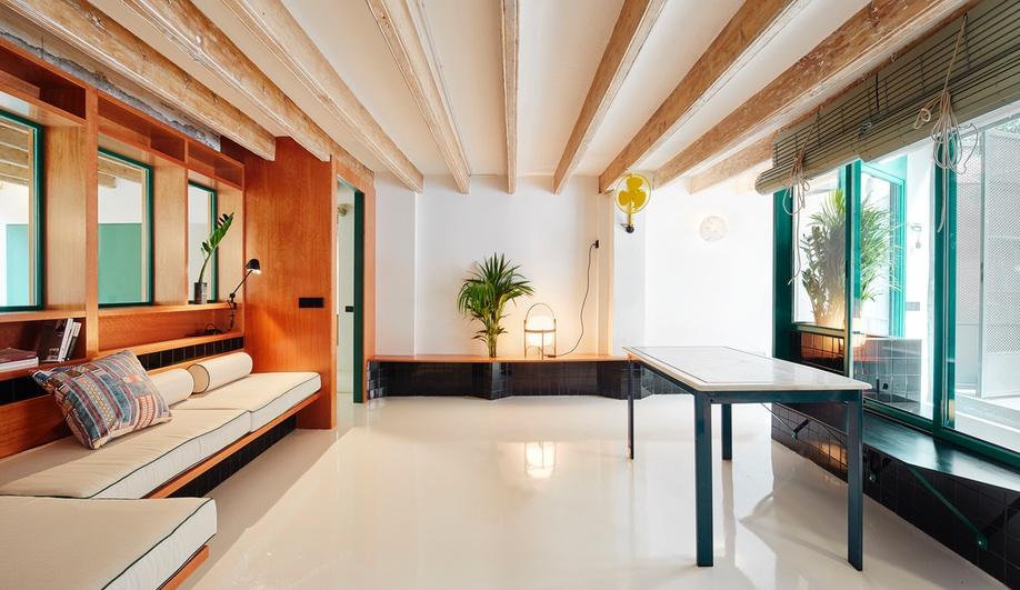raval-hideaway-spain-Sarriera-Weinstock-azure-2