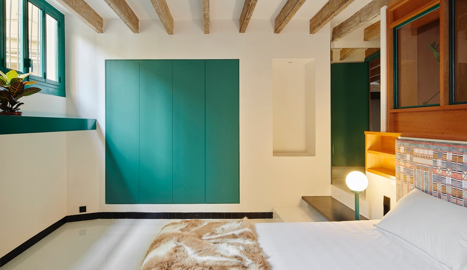 raval-hideaway-spain-Sarriera-Weinstock-azure-4