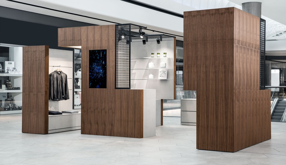 pop-up-spaces-gerber-shopping-center-1-Azure