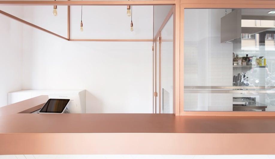 rose-gold-hamburger-restaurant-design-4-azure