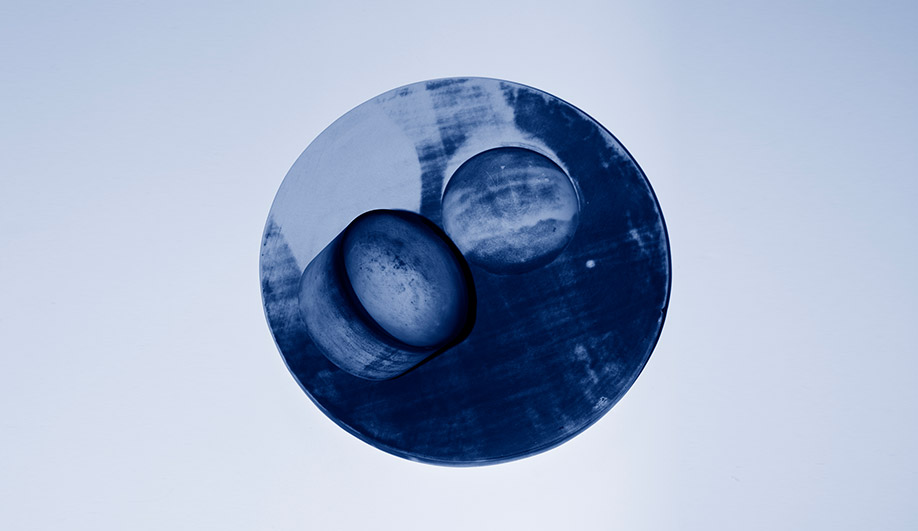 Studiopepe uses a cyanotype solution to create a distinct patina.