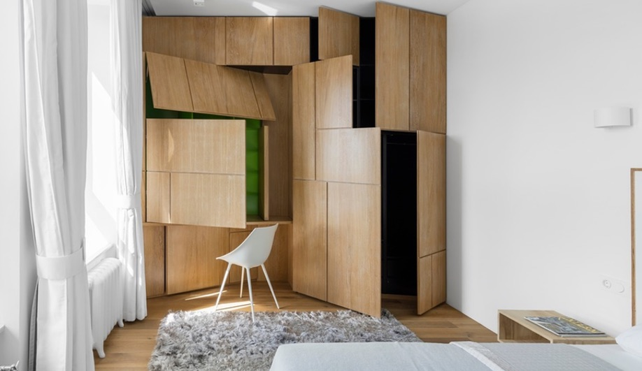 This Tiny Monoloko-Designed Apartment in Moscow is Full of Surprises