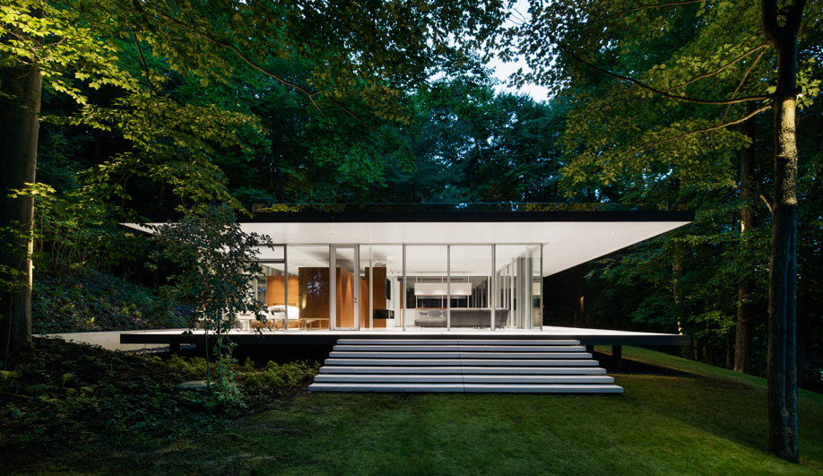 Daoust Lestage Created a Sustainable Glass House Outside Montreal