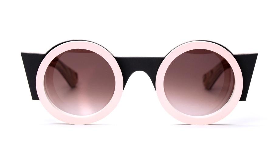 Nina Mûr Goes Memphis eyewear