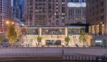 Chicago's New Apple Store Steps into the Limelight