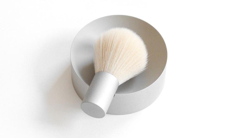 Rachel Griffin's Nick shaving set