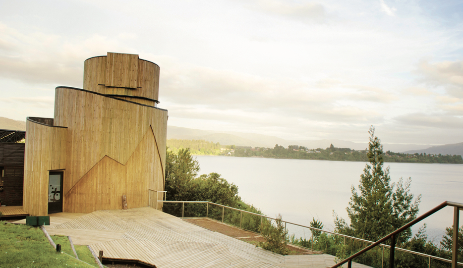 Susana Herrera's Yepun Observatory Puts Remote Chile in Perspective