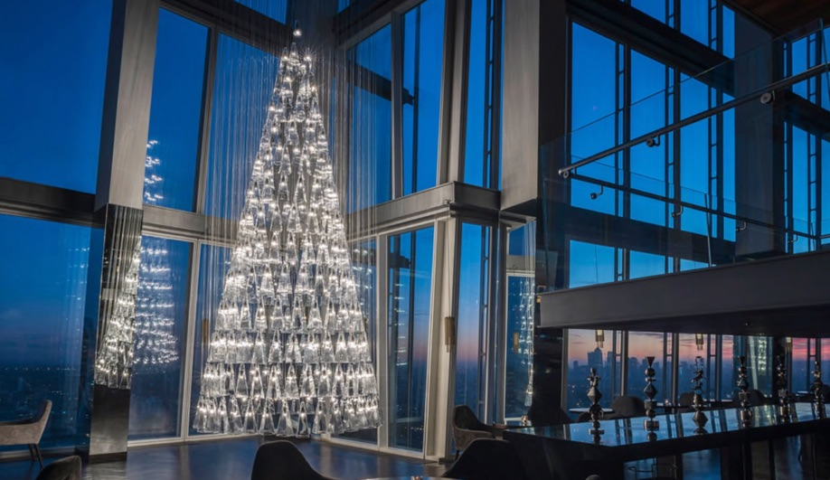 Lee Broom's Tree of Glass is one of the best Christmas trees of 2017.