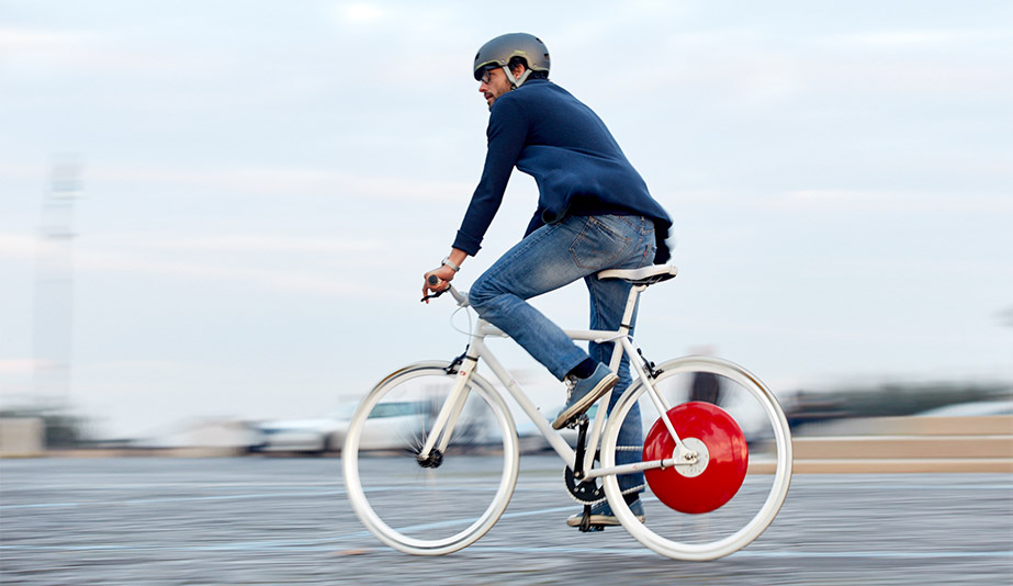 The Copenhagen Wheel is one of the best product designs of 2017.