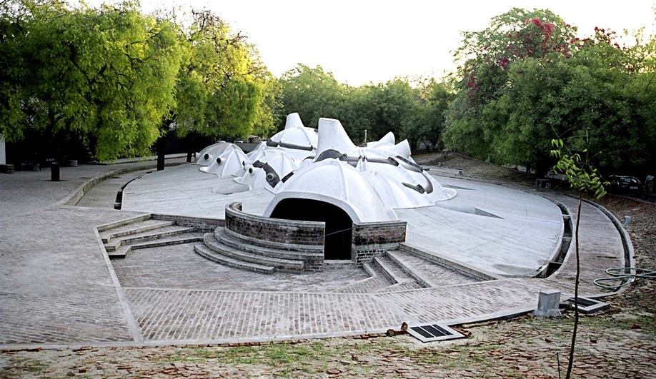 Balkrishna Doshi's Amdavad Ni Gufa