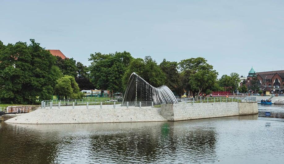 Oskar Zieta's Nawa is comprised of 35 steel archways.