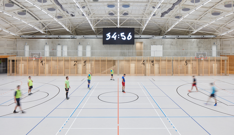 The sport surface of Dolní Břežany Sports Hall by Sporadical