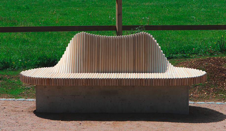 Wave Bench by Burri Public Elements