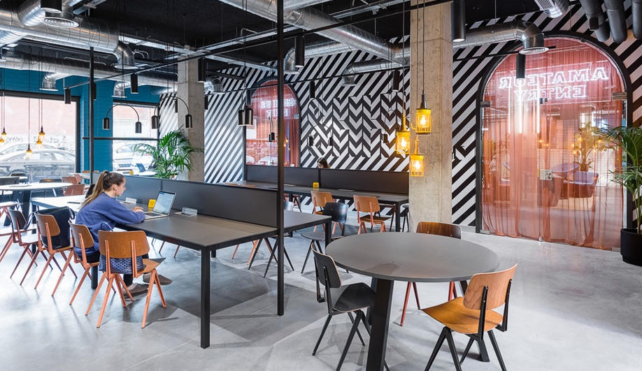 The two locations of the Student Hotel in Barcelona were designed by Masquespacio.