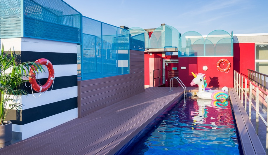 The Marina campus of the Student Hotel in Barcelona has a rooftop pool.