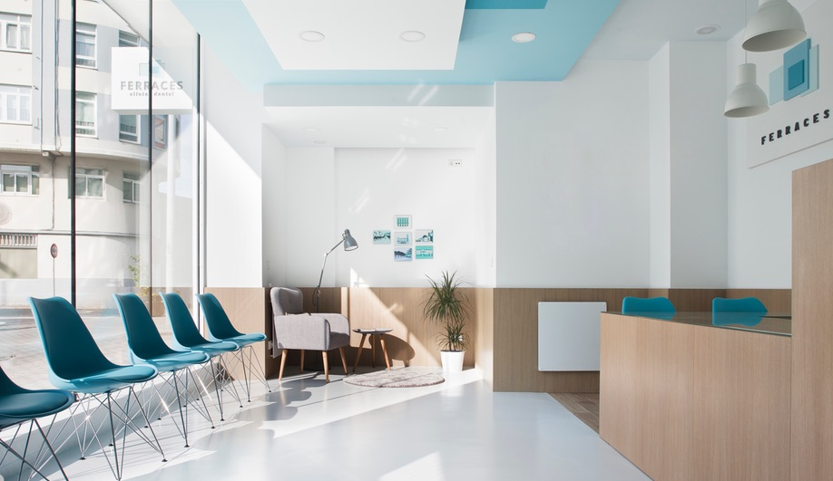A Dental Clinic in Spain That's Anything But Clinical