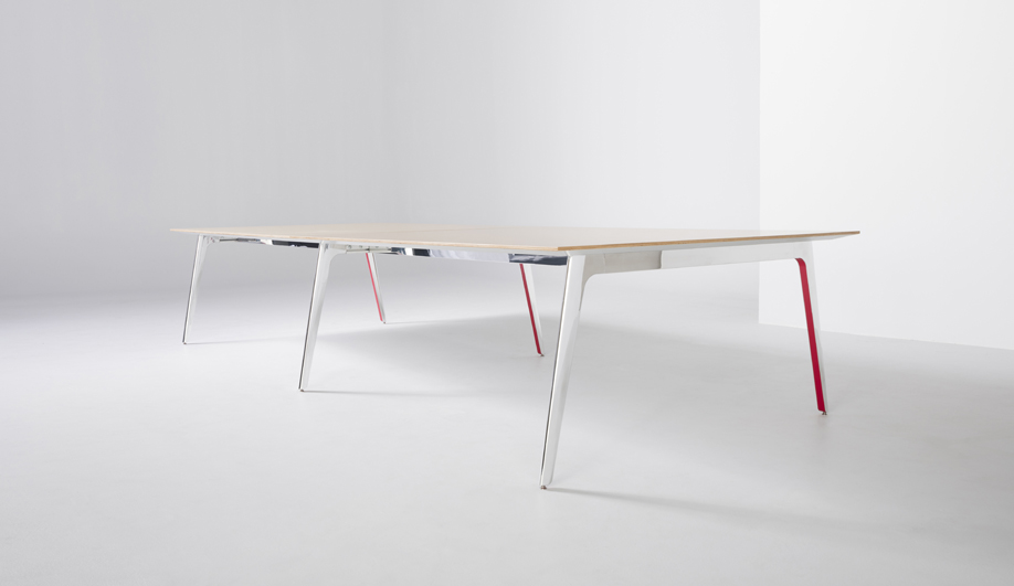 Gateway Plus Table by Nienkämper