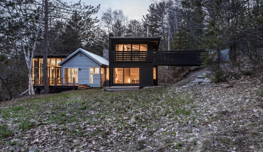 Contemporary Canadian Cottages: Algonquin Waters (Agathom Co.)