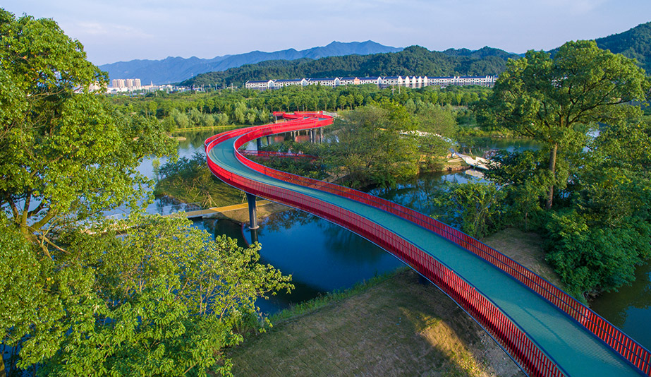2018 AZ Awards of Merit: Landscape Architecture: Building a Greenway: Puyangjiang River Eco-Corridor