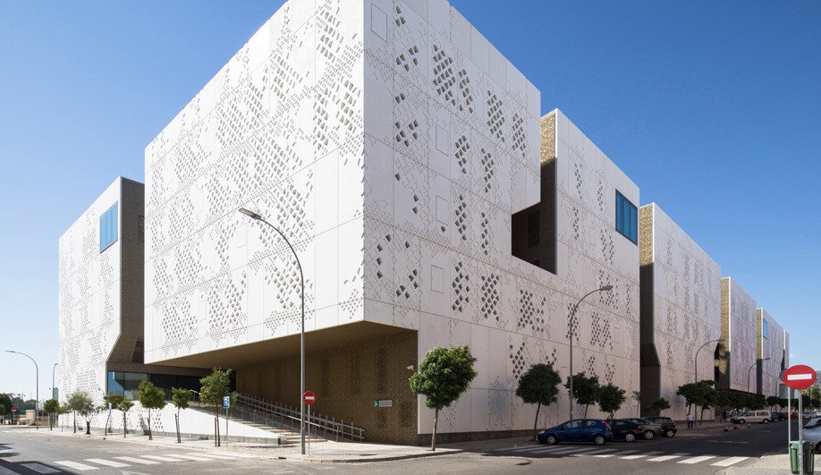 Mecanoo Explores the Softer Side of Concrete for Córdoba's Palace of Justice Courthouse