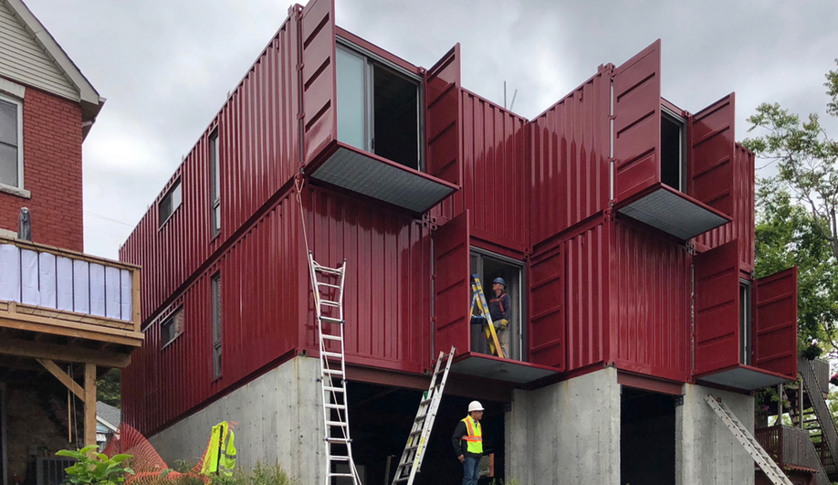 Wonder Inc. Designs an Enviable Hamilton Shipping Container Home