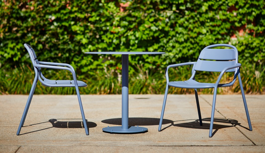 21 Chair by Landscape Forms