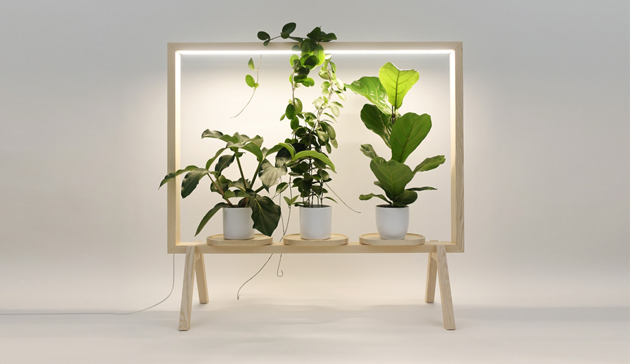 Indoor Plant Lights: LimbusFloor Subtle GreenFrame