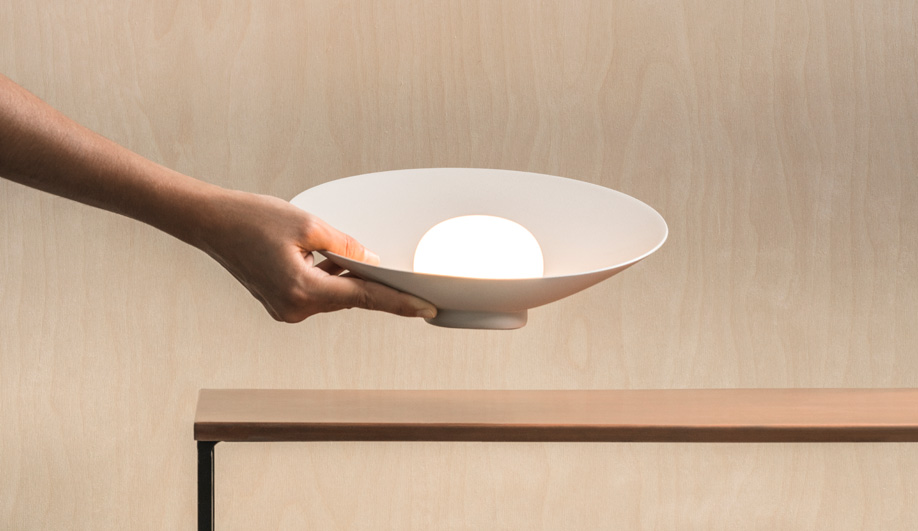 No Strings Attached: These Wireless USB Lamps Can be Taken Anywere