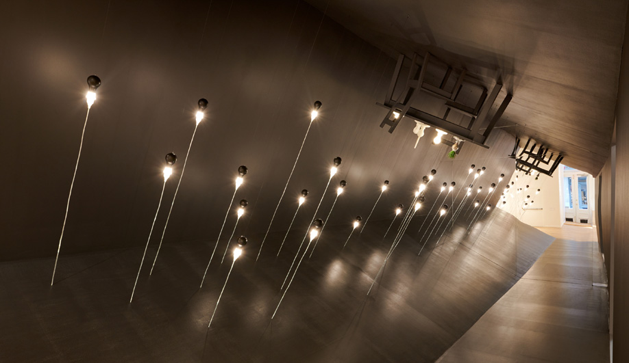 The Foscarini Light Bulb Series is James Wines' Tribute to an Incandescent Original