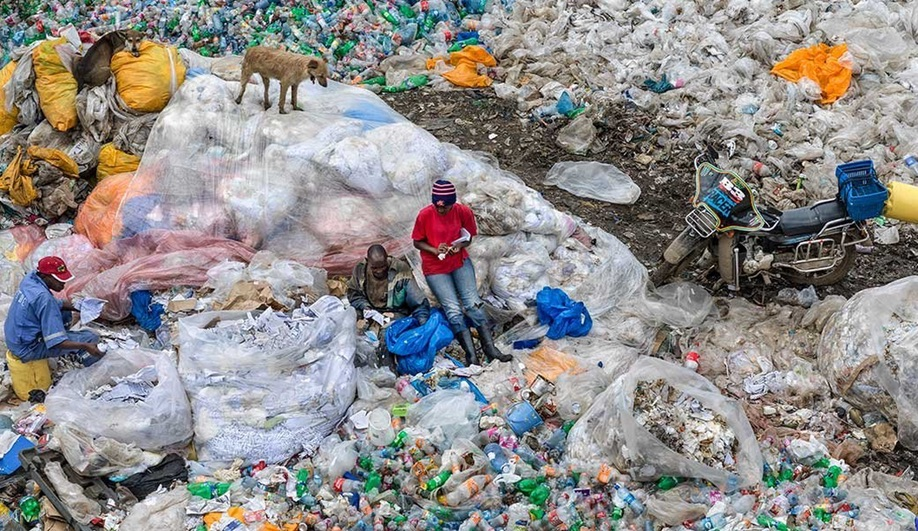 Landfills fill with plastics in Edward Burtynsky's Anthropocene